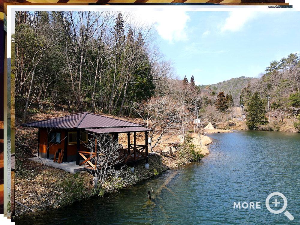 湖畔の小部屋
